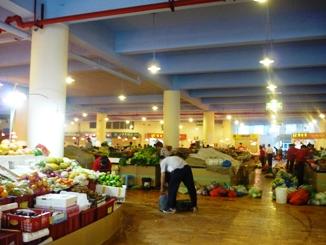 アモイ市の市場~たくさんの野菜や果物がありました~